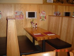 Booth with TV, Gordy's Burger House in Bronxville-Eastchester, NY